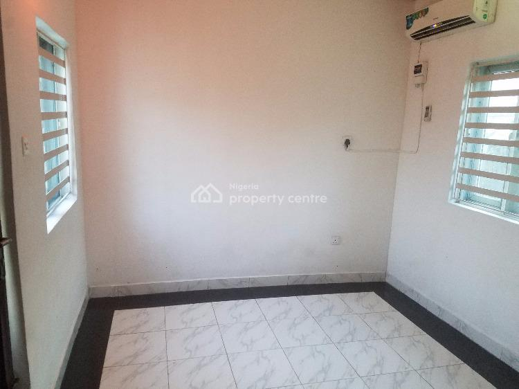 Neat Single Room Self Contained, Off Admiralty on a Major Road., Lekki Phase 1, Lekki, Lagos, Self Contained (single Rooms) for Rent