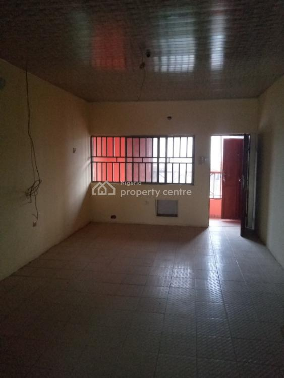 Affordable 3 Bedroom Flat, By Family Worship, Wuye, Abuja, Flat for Rent