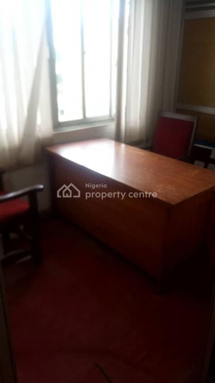 1 Room for Personal Office, 299 Ikorodu Road, Anthony, Maryland, Lagos, Office Space for Rent