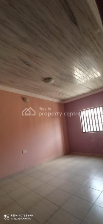 3 Bedroom Upstairs., Lbs, Ajah, Lagos, House for Rent