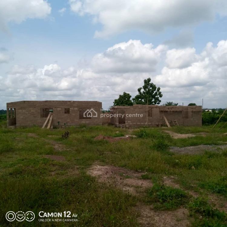 100% Dry Grass Land Close to New Railway, Camp Ologuneru, Ibadan, Oyo, Mixed-use Land for Sale