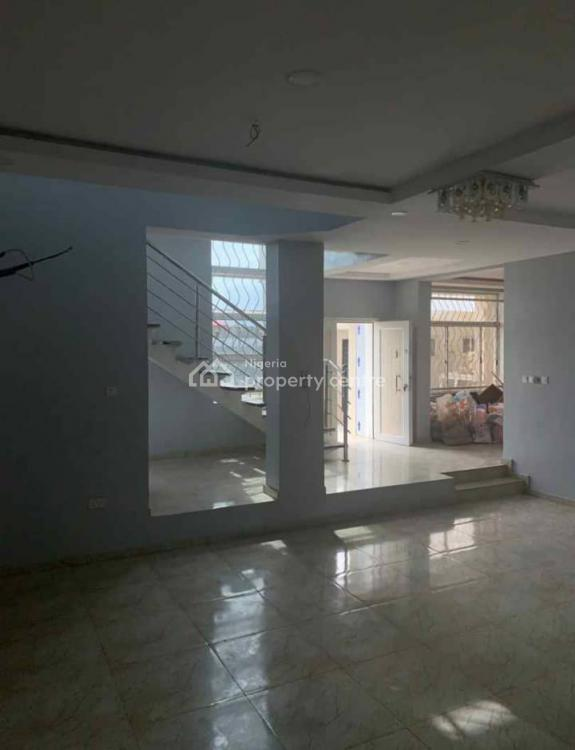 Office Complex, Facing Admiralty Way, Lekki Phase 1, Lekki, Lagos, Plaza / Complex / Mall for Sale