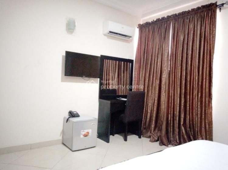 Exclusive 2 Bedroom Apartment, Phase 1, Lekki, Lagos, House Short Let