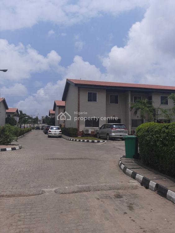 3 Bedroom Terrace House, Royal Estate Phase 1, Eric Moore, Surulere, Lagos, Terraced Duplex for Sale