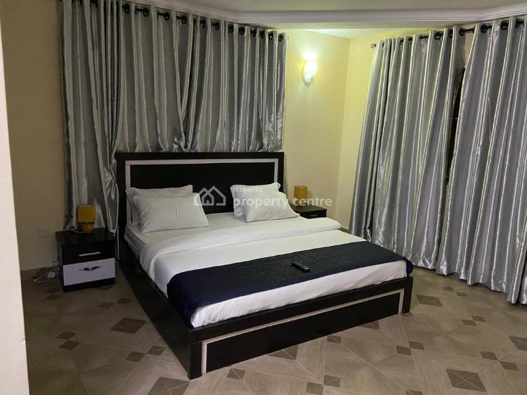 3 Bedroom Apartment, T. Y Danjuma Street Adeniyi Coker Street Dideolu Estate, Oniru, Victoria Island (vi), Lagos, Flat Short Let