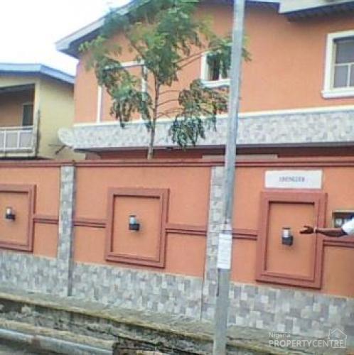 Duplex Housing For Rent: A Fantastic 4 Bedrooms Duplex, Gbagada, Lagos