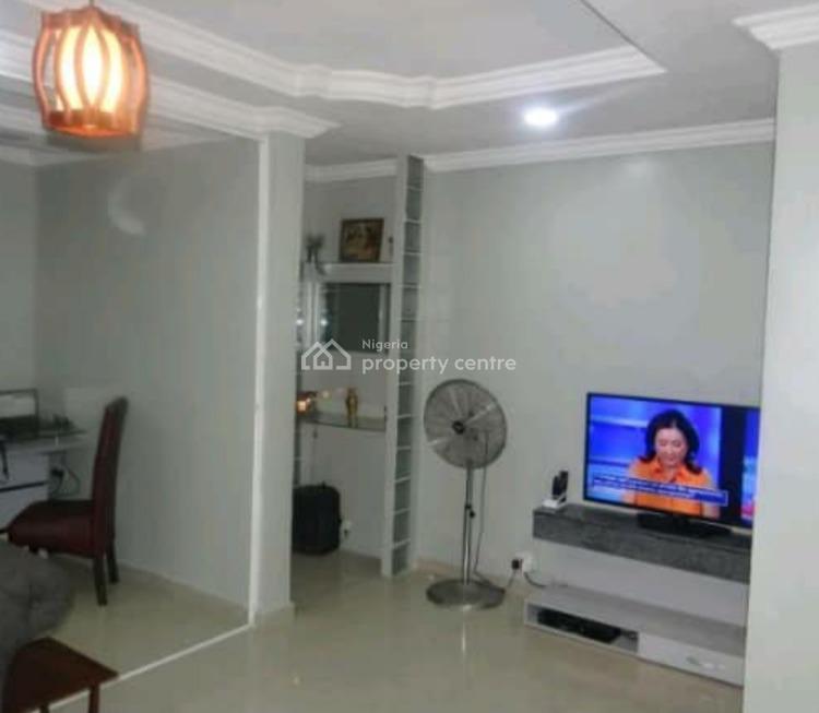 2 Bedroom Apartment, Onike, Yaba, Lagos, Flat Short Let