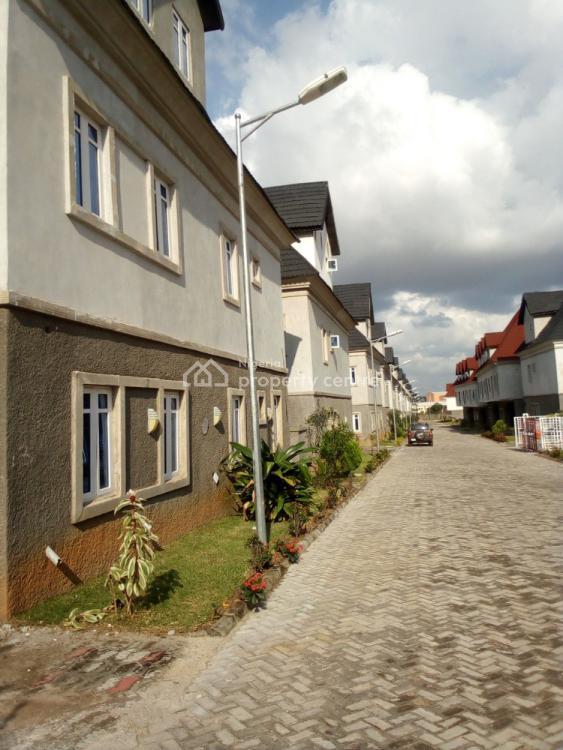 5 Bedrooms Detached & Semi Detached Duplex with Bq, 3rd Avenue., Gwarinpa, Abuja, Detached Duplex for Sale