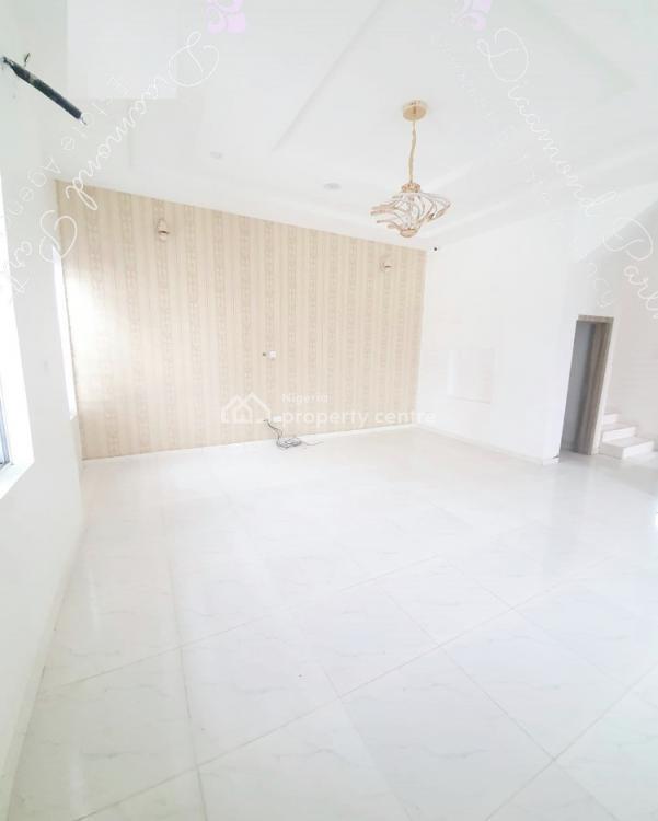 4 Bedrooms Semi Detached, Chevron, Lekki Phase 2, Lekki, Lagos, Semi-detached Duplex for Sale
