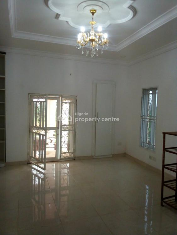 Fantastic 5 Bedroom Semidetached Mansion with 2 Bq, Very Close to Coza, Guzape District, Abuja, Semi-detached Duplex for Rent