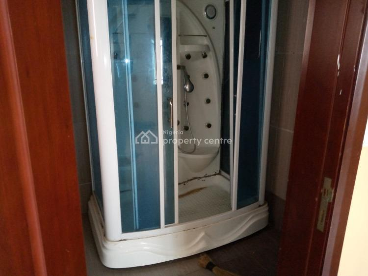 a Neat and Massive Fully Serviced 3 Bedroom Flat with a Bq, Osapa, Lekki, Lagos, Flat for Rent