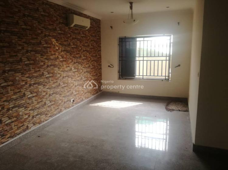 Fully Service Self Compound, Off Palace Road, Oniru, Victoria Island (vi), Lagos, Terraced Duplex for Rent