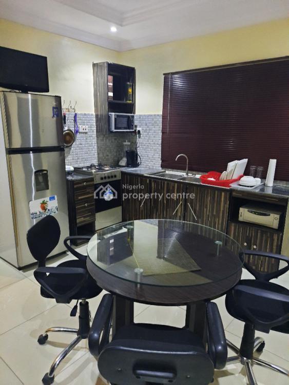 2 Bedroom Serviced Apartment, Marwa Brooks Estate (close to Mko Abiola Gardens), Agidingbi, Ikeja, Lagos, Flat Short Let