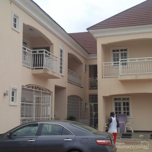 2 Or 3 Bedroom Apartment For Rent: For Rent: Crested Luxury 3 Bedrooms Apartment In A Block