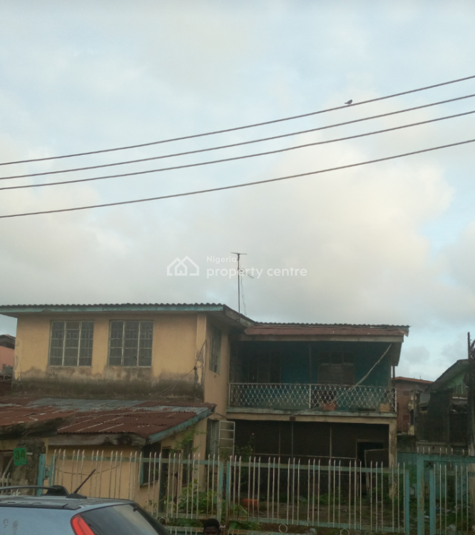 Old Storey Building, Onike, Yaba, Lagos, Block of Flats for Sale