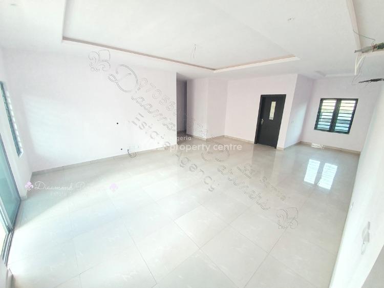3 Bedroom Flat + Bq., Ologolo, Lekki, Lagos, Flat for Rent