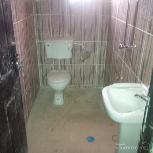 3 Bedroom Flat All Room En-suite, 14, Akinboro Street, Agiliti, Mile 12, Kosofe, Lagos, Flat for Rent