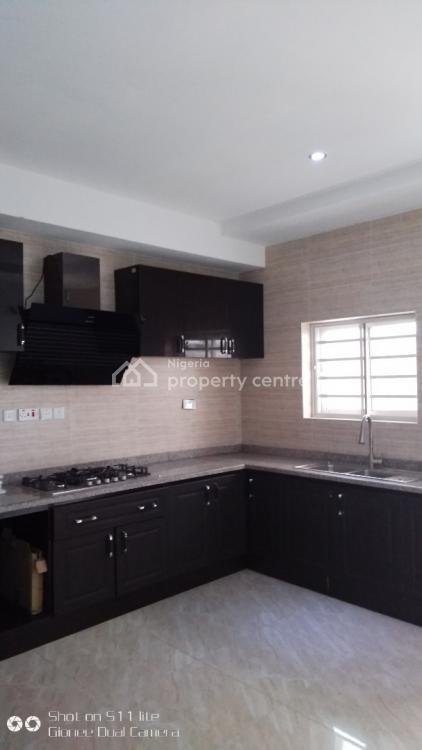 Dubai Type 10 Units of 3 Bedrooms Flats in a Secured Estate, Chevron, Lekki Phase 1, Lekki, Lagos, Block of Flats for Sale