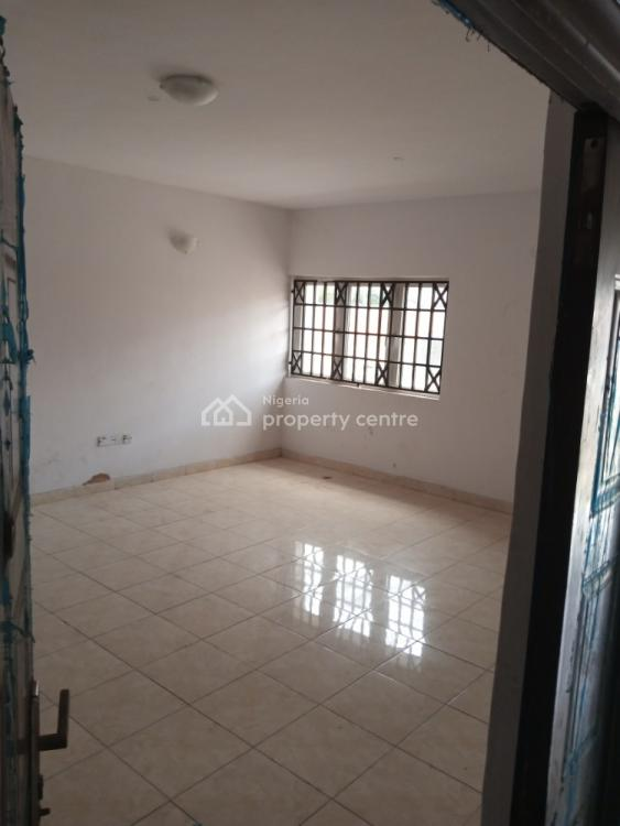 Newly Built 2 Bedrooms Flat  Downstairs, Iponri Estate, Iponri, Surulere, Lagos, Block of Flats for Sale