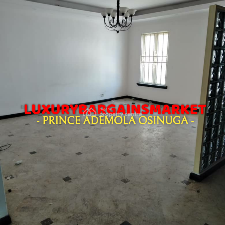 Fresh Deal. Centrally Located, Well Sized 3 Bedroom Townhouse, Old Ikoyi, Ikoyi, Lagos, Terraced Duplex for Rent