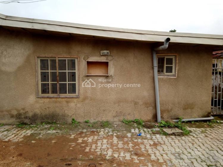 2 Bedrooms Semi Detached Bungalow, Along Lagos Street, Kubwa, Abuja, Semi-detached Bungalow for Sale