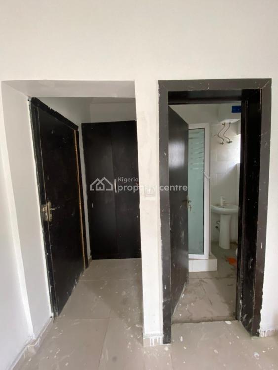 Lovely 2 Bedroom Flat;, Lekki Right, Lekki, Lagos, Flat for Rent
