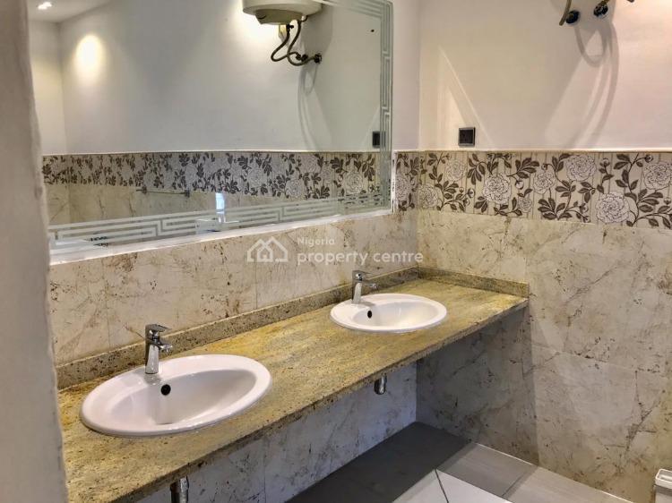 Luxury 2  Bedroom Flat, Lekki Phase 1, Lekki, Lagos, Self Contained (single Rooms) Short Let