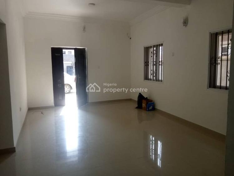 Self Serviced 2 Bedrooms Flat, Lekki Phase 1, Lekki, Lagos, Flat for Rent