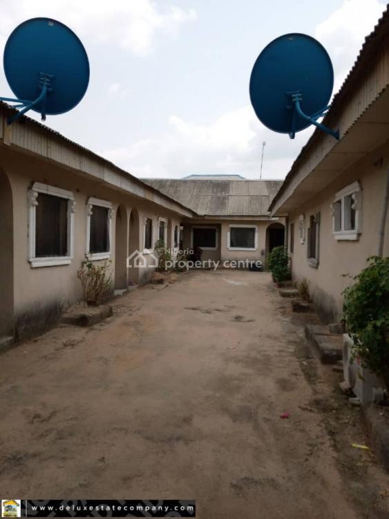 Hostel of 24 Bedsitter, Abraka, Delta, Block of Flats for Sale