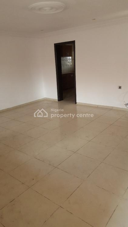 Spacious 3 Bedrooms Flat in a Gated Estate, Agungi, Lekki, Lagos, Flat for Rent