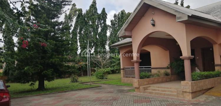 6 Bedrooms Detached House with a Spacious Garden and Bq with Ac, Corporative Villa Estate, Badore, Ajah, Lagos, House for Rent