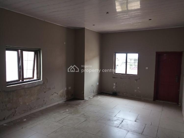 Unused 4 Bedrooms House + 2 Rooms Bq. Needs Slight Renovation, Admiralty Homes Estate, Off Alpha Beach Road, New Road Bus-stop, Igbo Efon, Lekki, Lagos, Detached Duplex for Sale