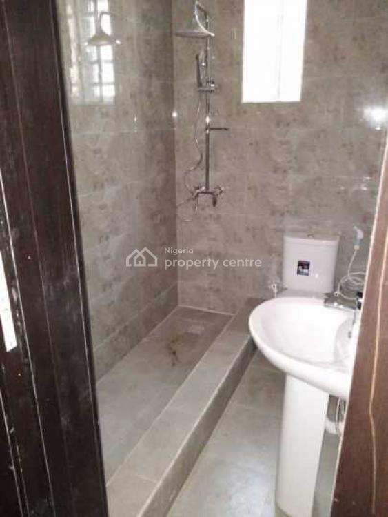 Standard 4 Bedrooms Duplex, Close to Magodo Estate, Omole Phase 2, Ikeja, Lagos, Detached Duplex for Sale