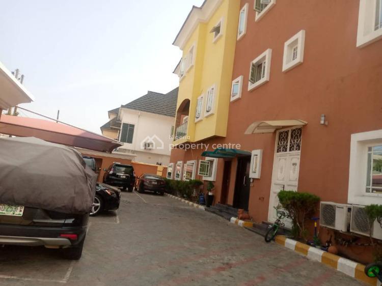 3 Bedroom Terrace with a Bq, Lekki Phase 1, Lekki, Lagos, Flat for Rent