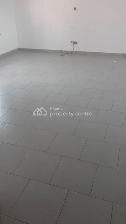a 3 Bedroom Flat, Southern View Estate, Lekki Expressway, Lekki, Lagos, Flat for Rent