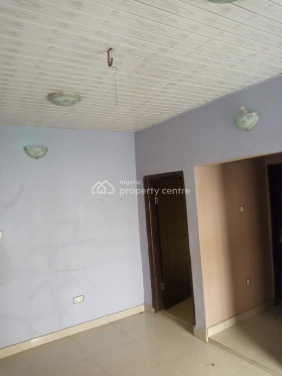 Executive 2 Bedrooms Flat, Wale Adekoya Street, Meiran Last Bus-stop, Agege, Lagos, Flat for Rent