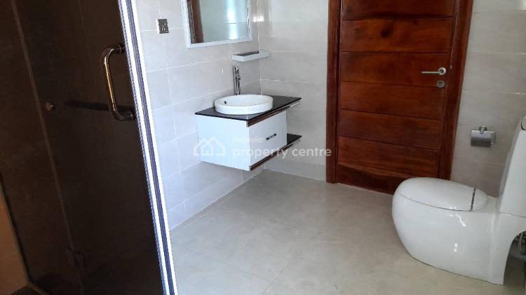 5 Bedroom Luxury House with  Boys Quarters, Lekki Phase 1, Lekki, Lagos, Detached Duplex for Sale