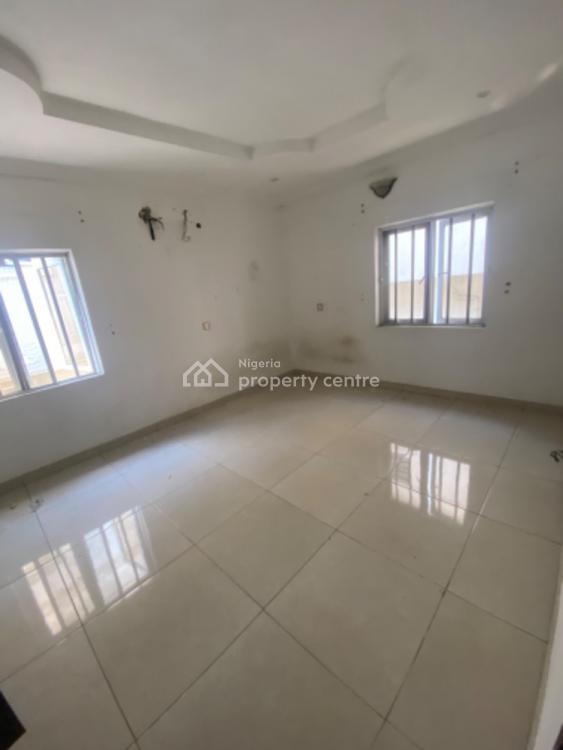 Excellent and Lovely 3 Bedrooms Terraced Duplex, Off Muritala Eletu Street, Osapa, Lekki, Lagos, Terraced Duplex for Rent
