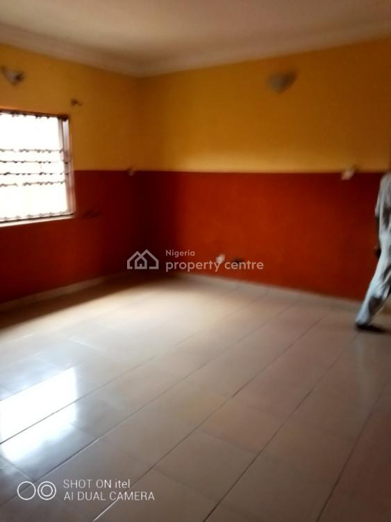 Magnificent 3 Bedroom Apartment, Gbagada, Lagos, Flat for Rent
