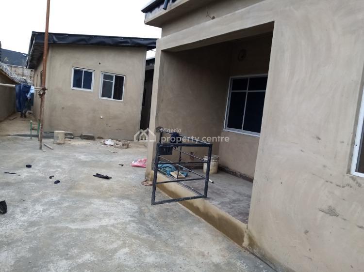 Newly Built Mini Flat., Off Ijesha Road By Gbadamosi Bus Stop., Ijesha, Surulere, Lagos, Mini Flat for Rent