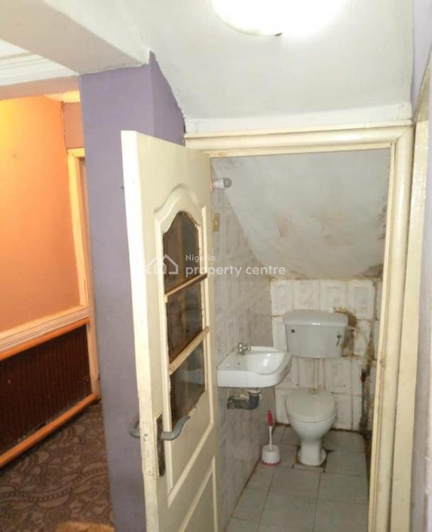 Clean Room Self Cotained., Yaba, Lagos, Self Contained (single Rooms) for Rent