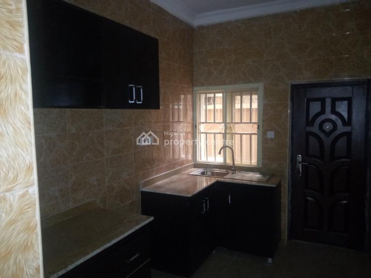 C of O, Ogoyo Estate Mobile Road, Ilaje, Ajah, Lagos, Flat for Rent
