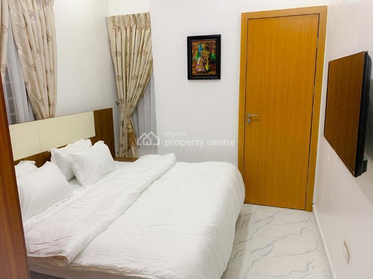 Gorgeous 3 Bedroom Duplex, Chevron, Lekki Phase 2, Lekki, Lagos, Terraced Duplex Short Let