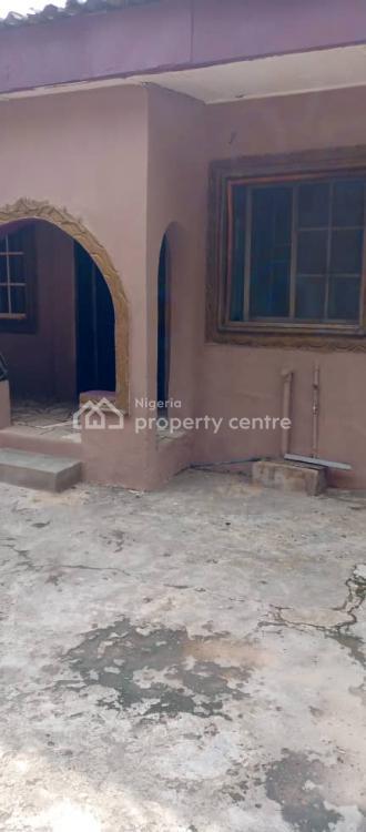2 Bedroom Flat, Jibowu, Yaba, Lagos, Flat for Rent