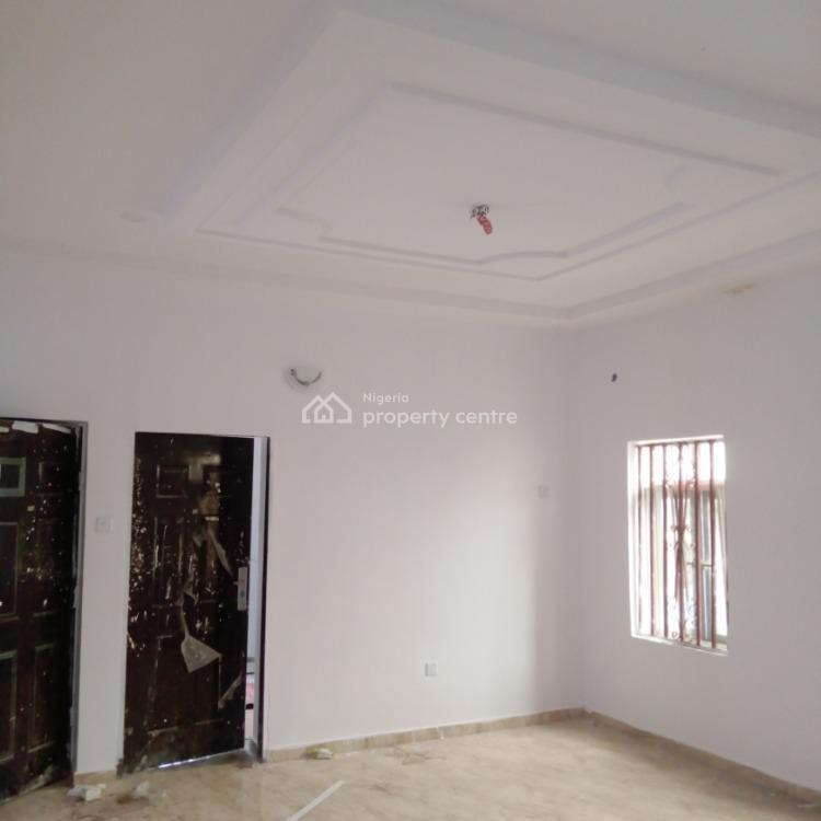 Newly Two Bedroom Apartment, After Blenco Supermarket, Lekki Phase 2, Lekki, Lagos, Flat for Rent