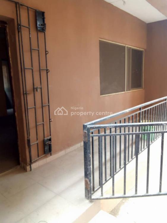 Newly Renovated 3 Bedrooms Apartment, Car Wash, Oworonshoki, Kosofe, Lagos, Flat for Rent