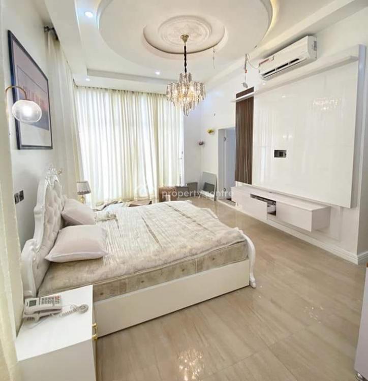 5 Bedroom Furnished Detached House Sitting on 650 Sqms with Ample Park, Lafiaji, Lekki, Lagos, Detached Duplex for Sale