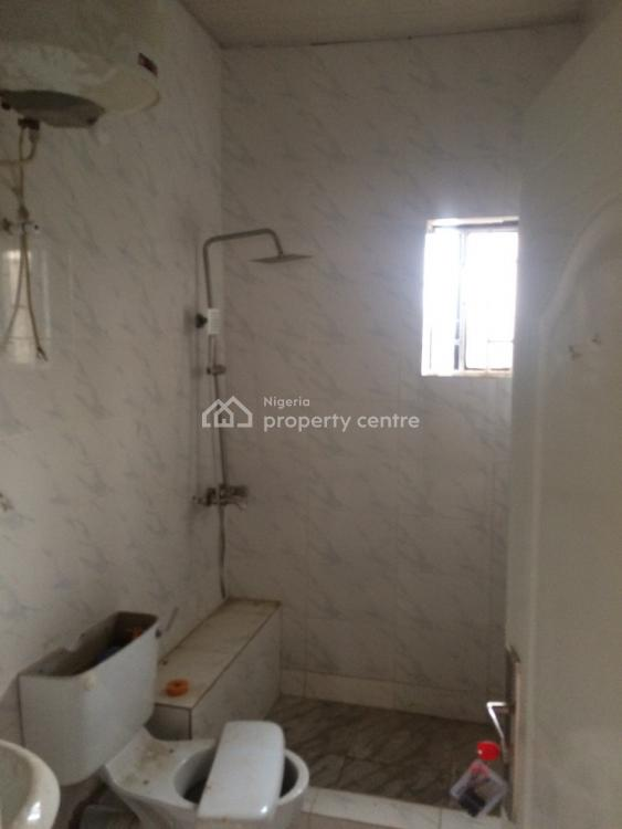 Newly Renovated 2 Bedrooms Flat, Maryland, Lagos, Flat for Rent