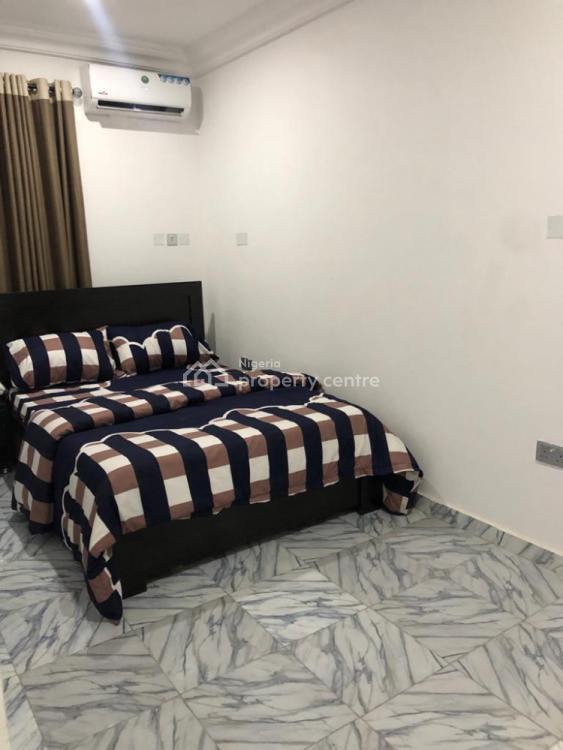 Luxury 3 Bedrooms Apartment, Off Admiralty Way, Lekki Phase 1, Lekki, Lagos, Flat Short Let
