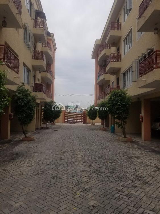 Spacious 2 Bedrooms Flat, Freedom Way, Lekki Phase 1, Lekki, Lagos, Flat for Rent